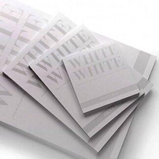 19100417 Альбом для эскизов White White 20х20 см 300 г/м.кв. 20 листов белой бумаги склейка Fabriano Италия